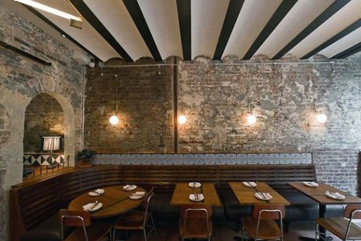 """<a href=""""http://ny.eater.com/archives/2011/08/inside_seamus_mullens_tertulia_opening_monday.php"""" rel=""""nofollow"""">New York: Inside Seamus Mullen's Tertulia, Opening Monday</a> - Photo: <a href=""""http://www.danielkrieger.com/"""" rel=""""nofollow"""">Krieger</a>"""
