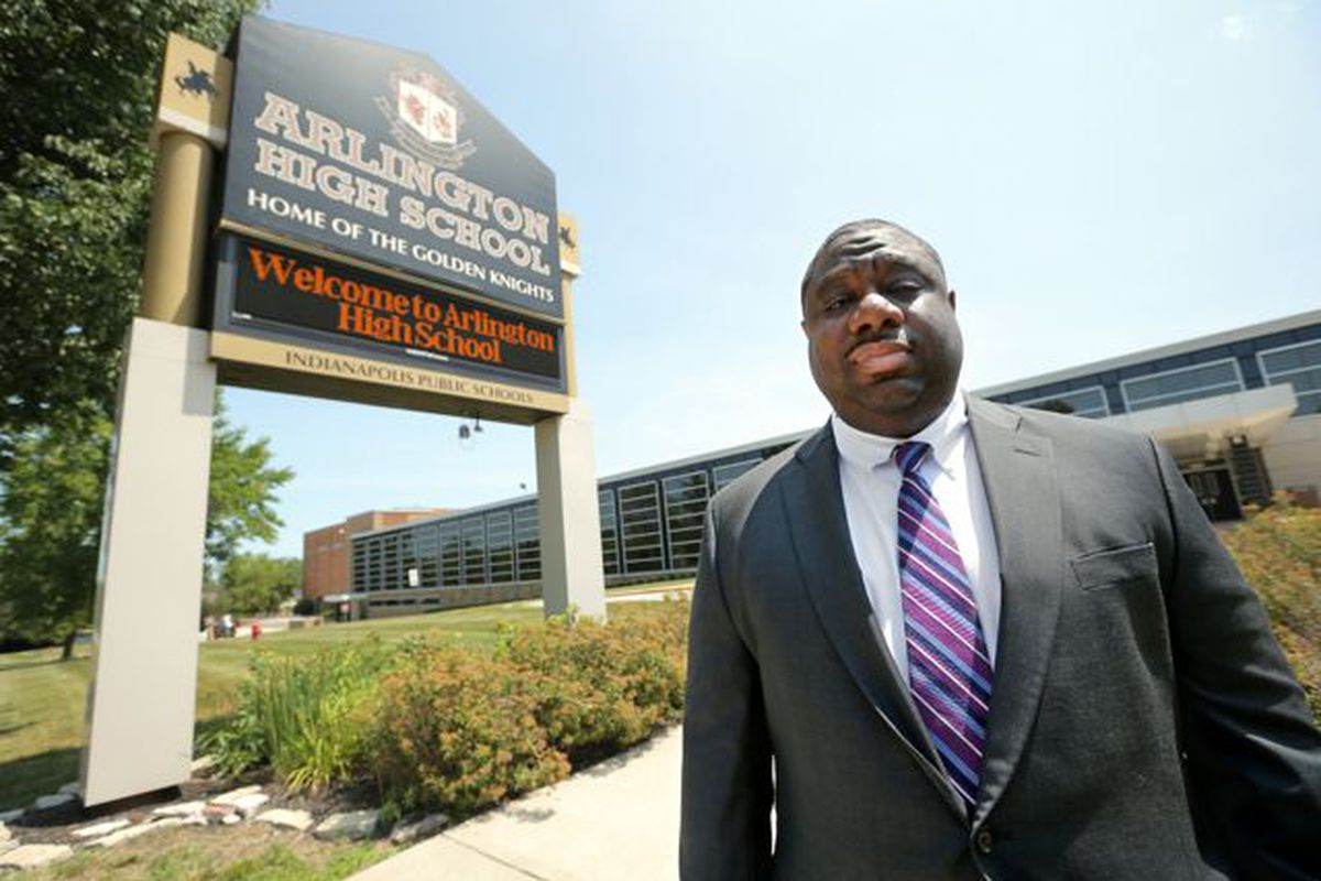 A charter leader from Indianapolis, Marcus Robinson spent two years as the CEO of the Memphis Education Fund, a philanthropic collaborative that invests in education improvement initiatives for Memphis schools. He is now leaving for St. Louis.