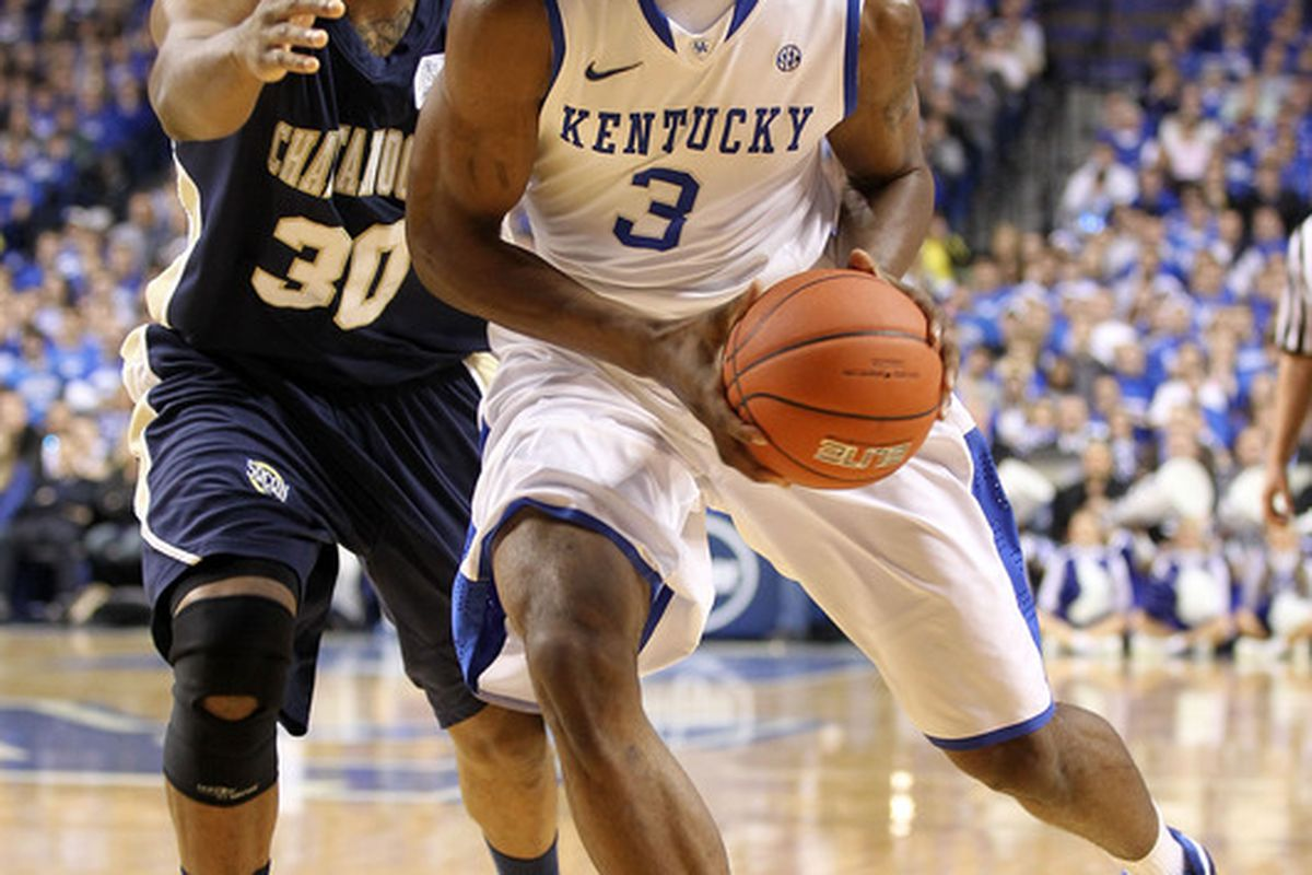 Terrence Jones tried, but could not really play with an injured finger versus the Chattanooga Mocs.