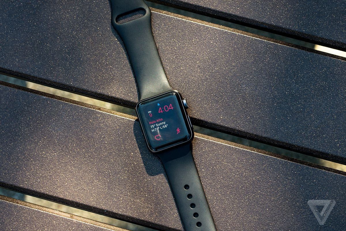 Mossberg: Apple's new watchOS 3 shows the virtue of starting