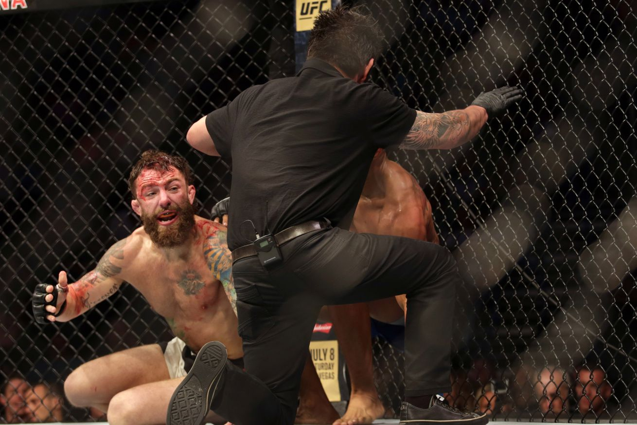 Michael Chiesa challenges Mario Yamasaki to 'friendly' grappling match for botched call in Kevin Lee fight