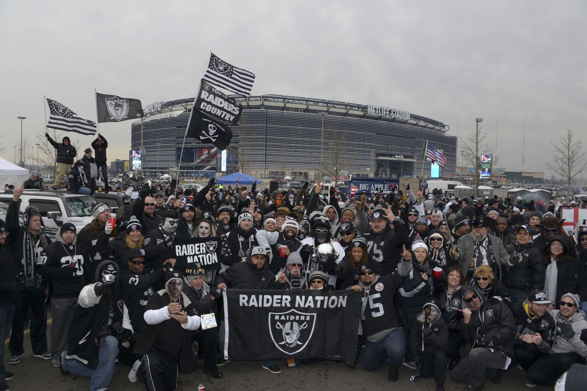Raiders bars across the United States - Silver And Black Pride 9a5c1301724c