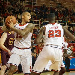 D`Angelo Harrison wins a rebound