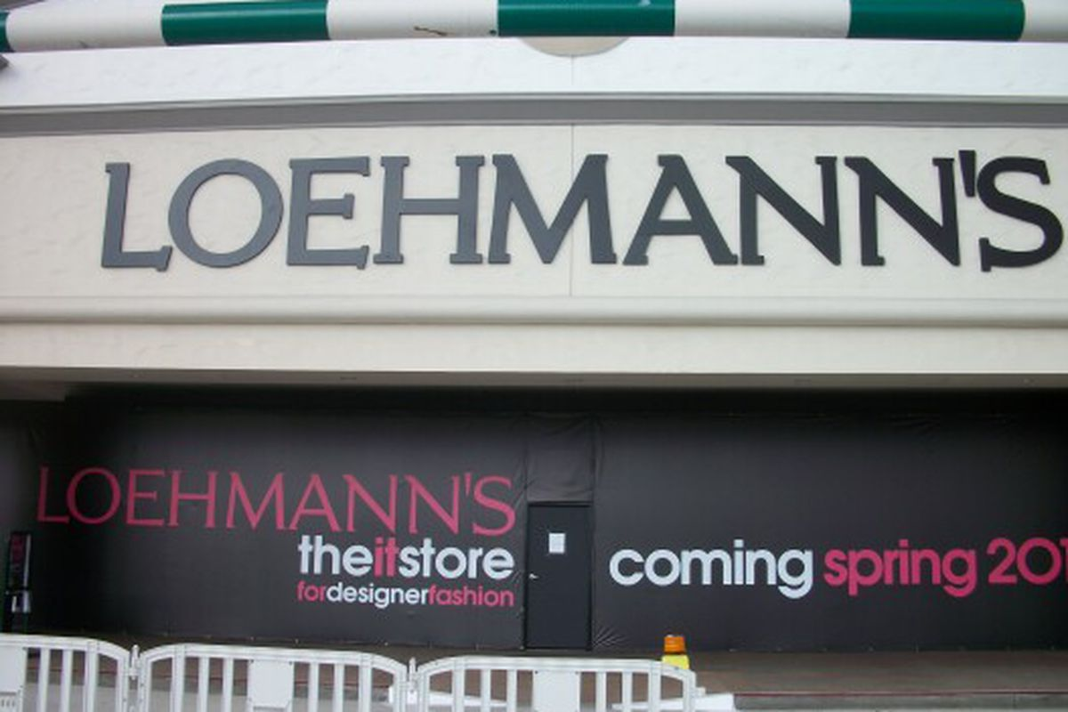 Loehmann's is setting up shop in an old Linens-n-Things location