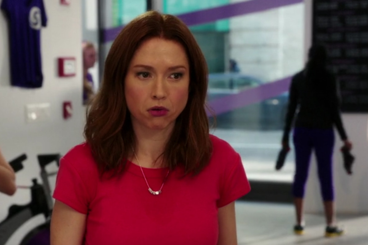 The use of accent colors in Unbreakable Kimmy Schmidt is fantastic. Notice how Kimmy's pink shirt stands out from everything else around her in this shot.