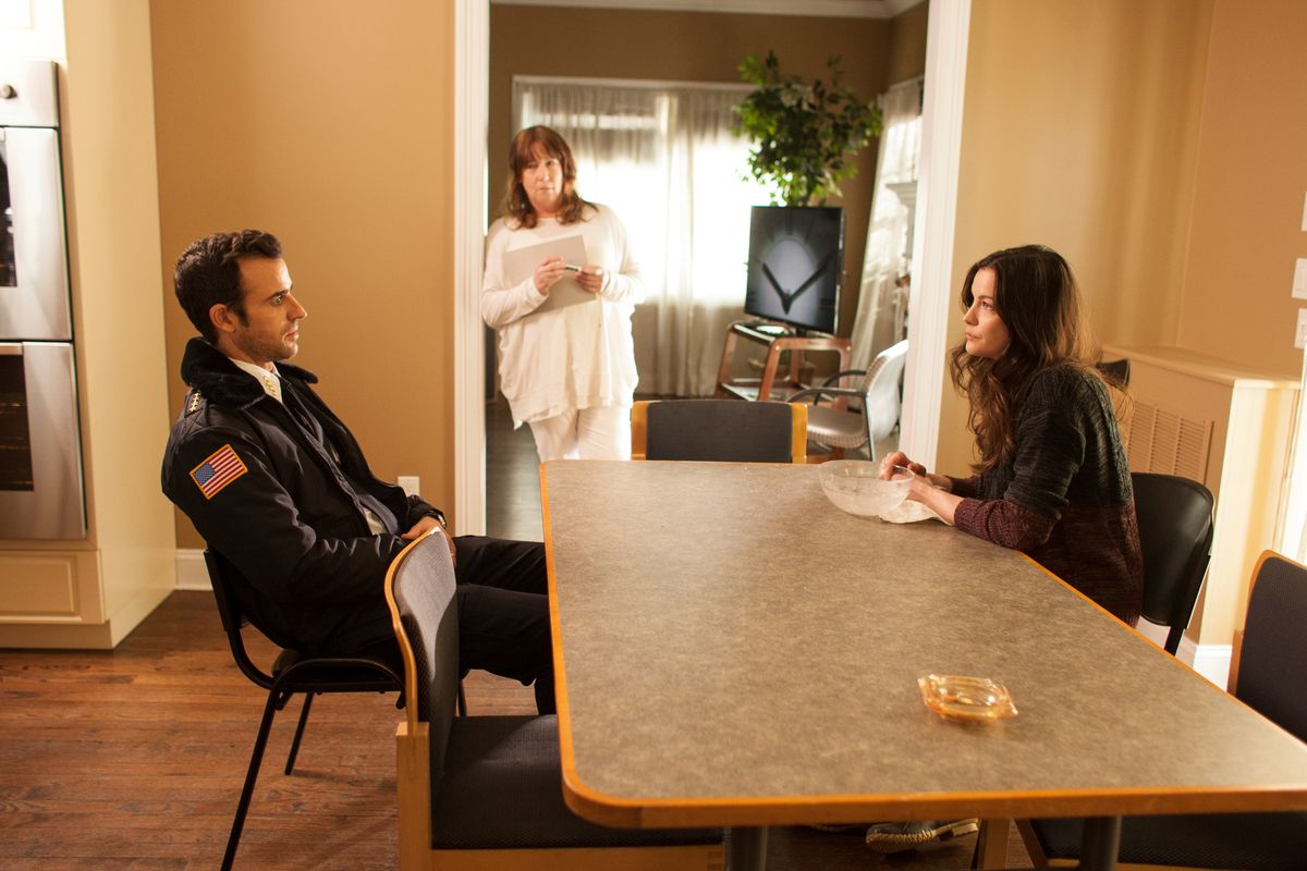 Justin Theroux, Liv Tyler, and Ann Dowd in 'The Leftovers'