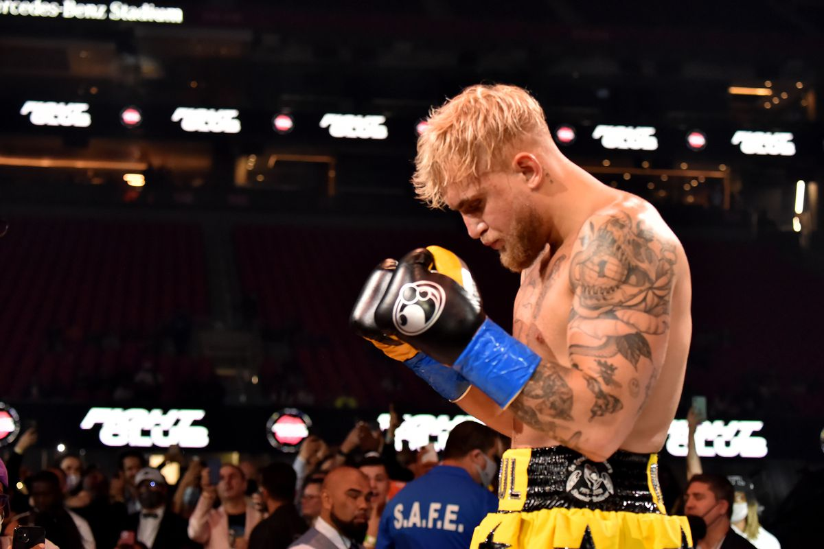 Morning Report: Jake Paul blasts Daniel Cormier: 'I'll beat the f*** out of your fat ass too, just like Stipe did' - MMA Fighting
