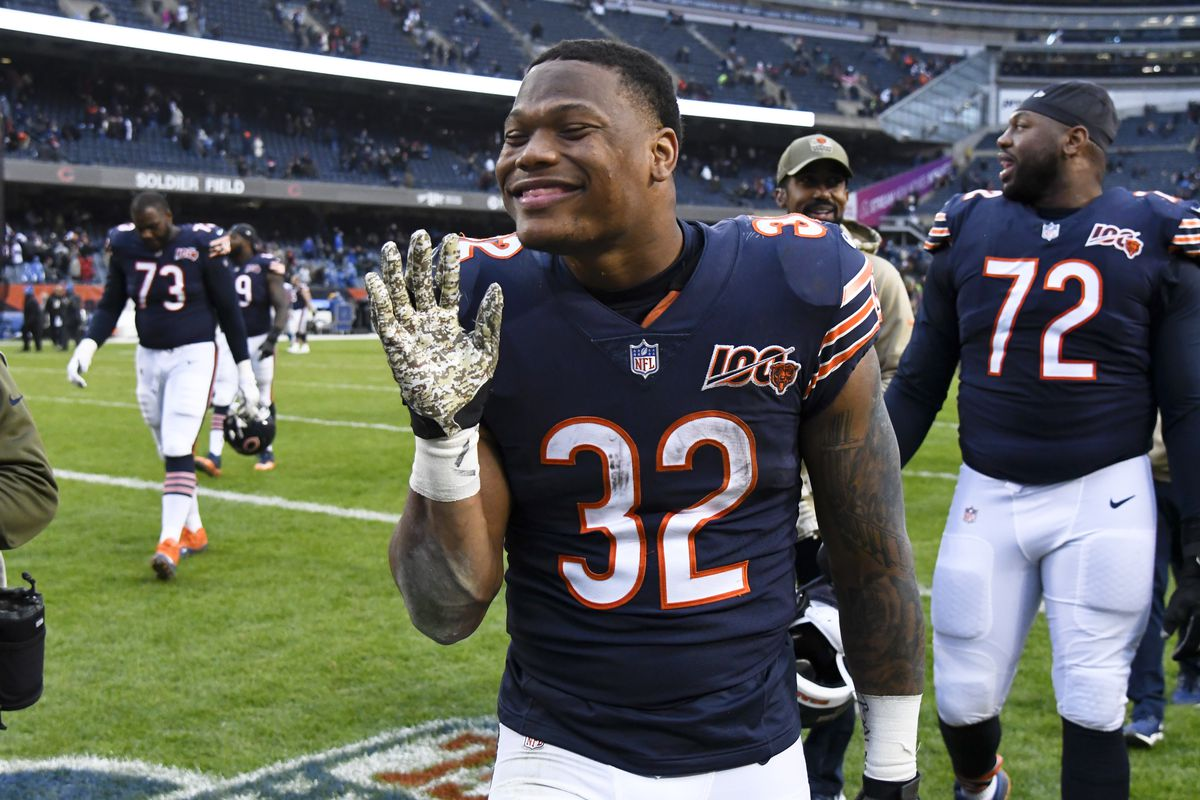 Chicago Bears running back David Montgomery waving after beating the Detroit Lions at Soldier Field.