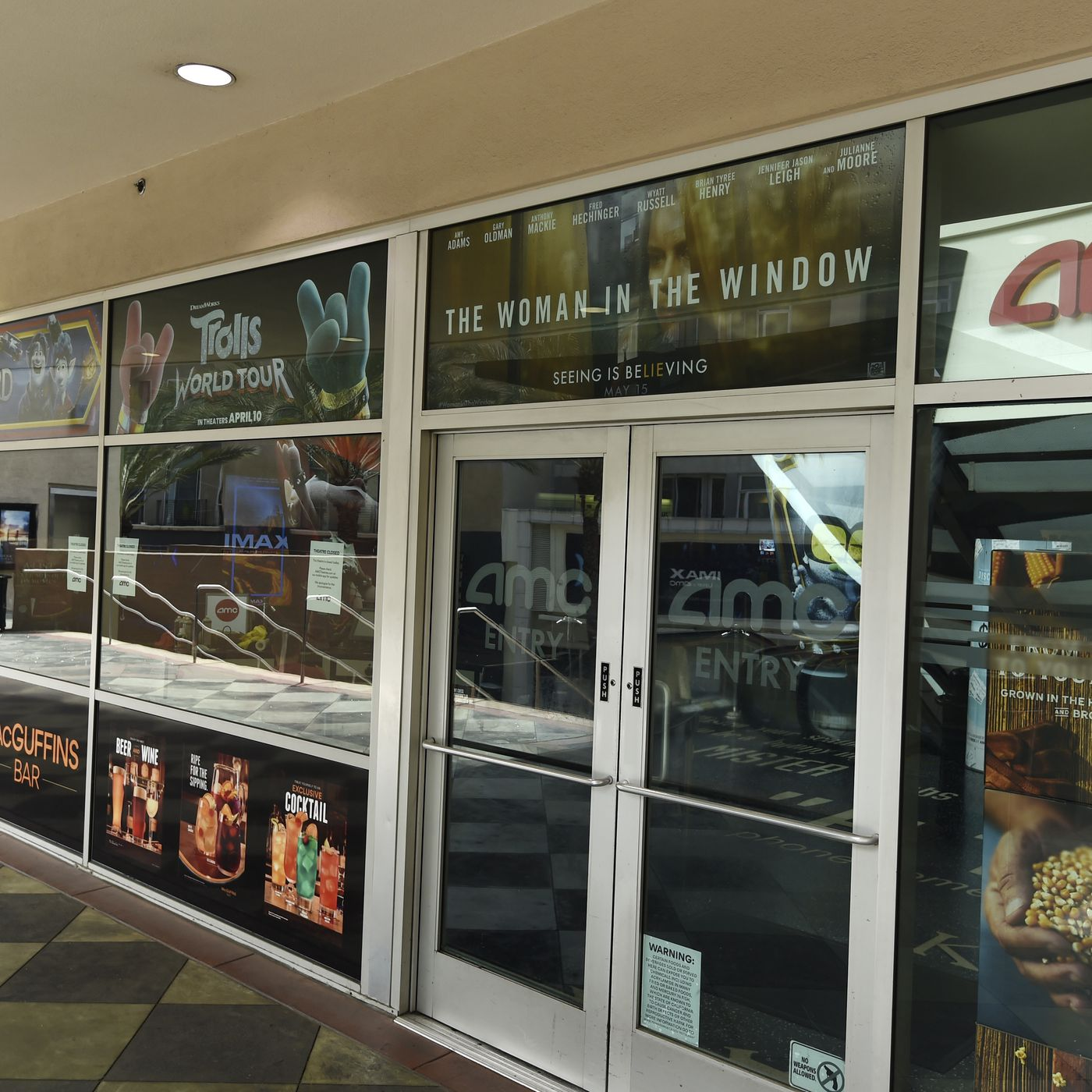 Coronavirus Live Blog May 27 Illinois Movie Theaters Push Pritzker To Let Them Open At 50 Capacity Chicago Sun Times