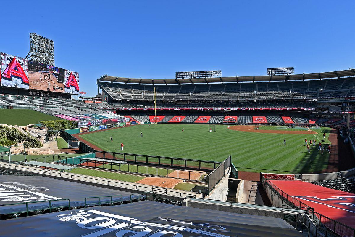 Seattle Mariners v Los Angeles Angels