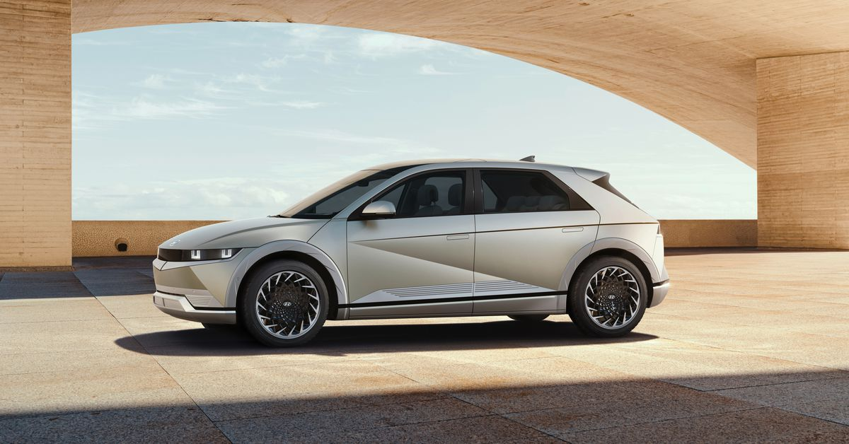 Hyundai unveiled the Ioniq 5, an electric midsized SUV with nearly 300 miles of range and two-way charging capabilities.