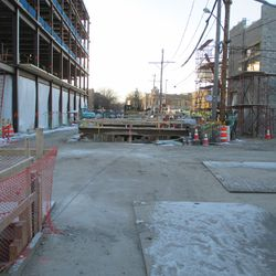 Sun 1/10: looking west on Waveland from Seminary -