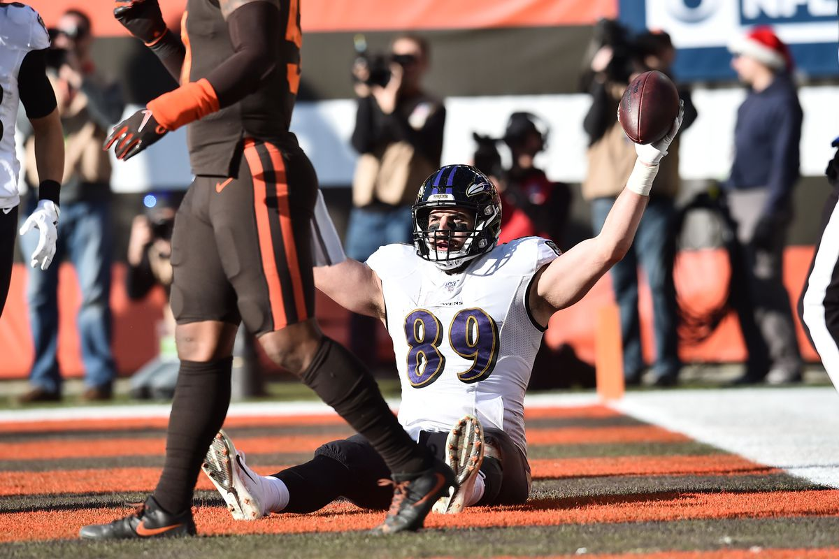 Baltimore Ravens tight end Mark Andrews celebrates after catching his second touchdown of the day during the first half against the Cleveland Browns at FirstEnergy Stadium.