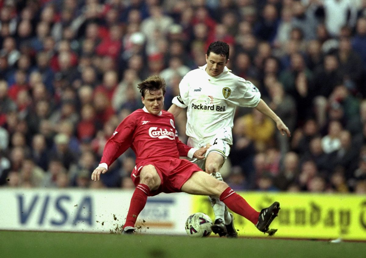 Gary Kelly of Leeds and Vladimir Smicer of Liverpool