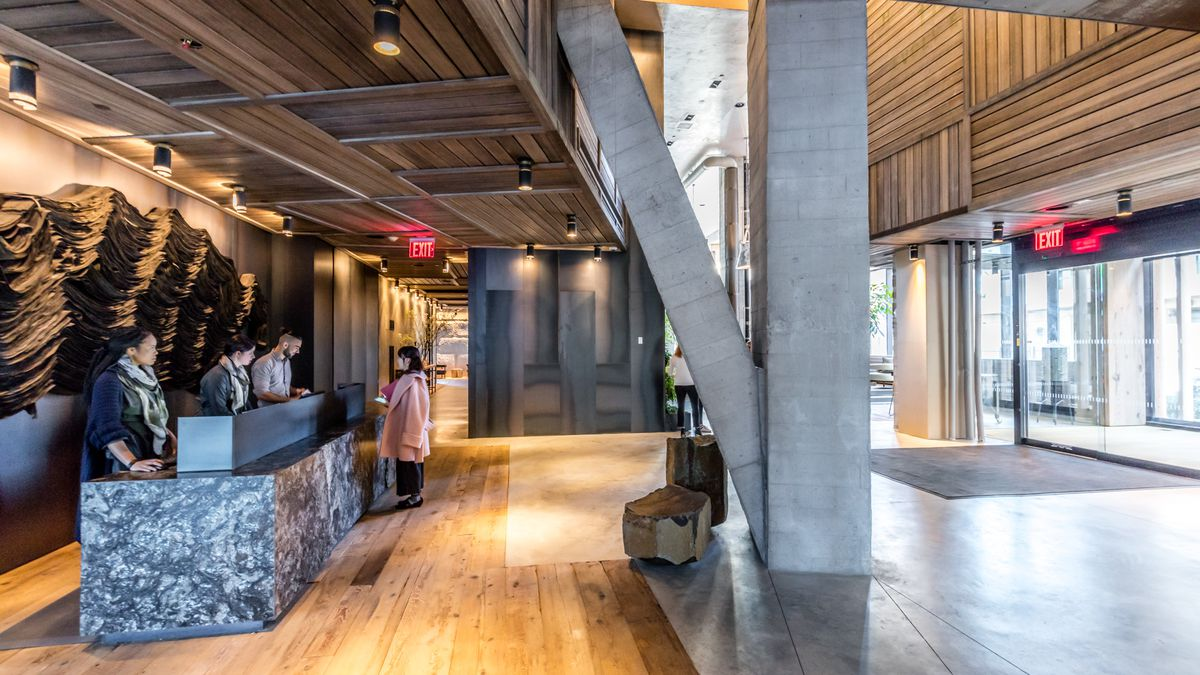 tour 1 hotels new sustainable nyc hotel in brooklyn bridge park