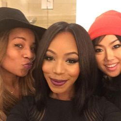 So happy to be in L.A. Not only because of the weather, but also because I get to book an appointment with two of my favorite artists, hairstylists Kiyah Wright (left) and makeup artist Eva Kim. They came to my hotel room to prep me for the awards. Kiyah