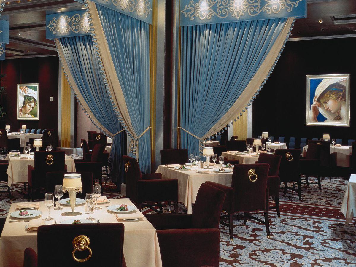 The Most Romantic Restaurants In Las Vegas Eater Vegas