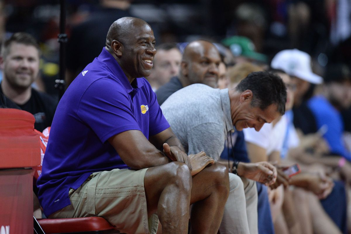 Lakers News Magic Johnson says he s not judging the team s