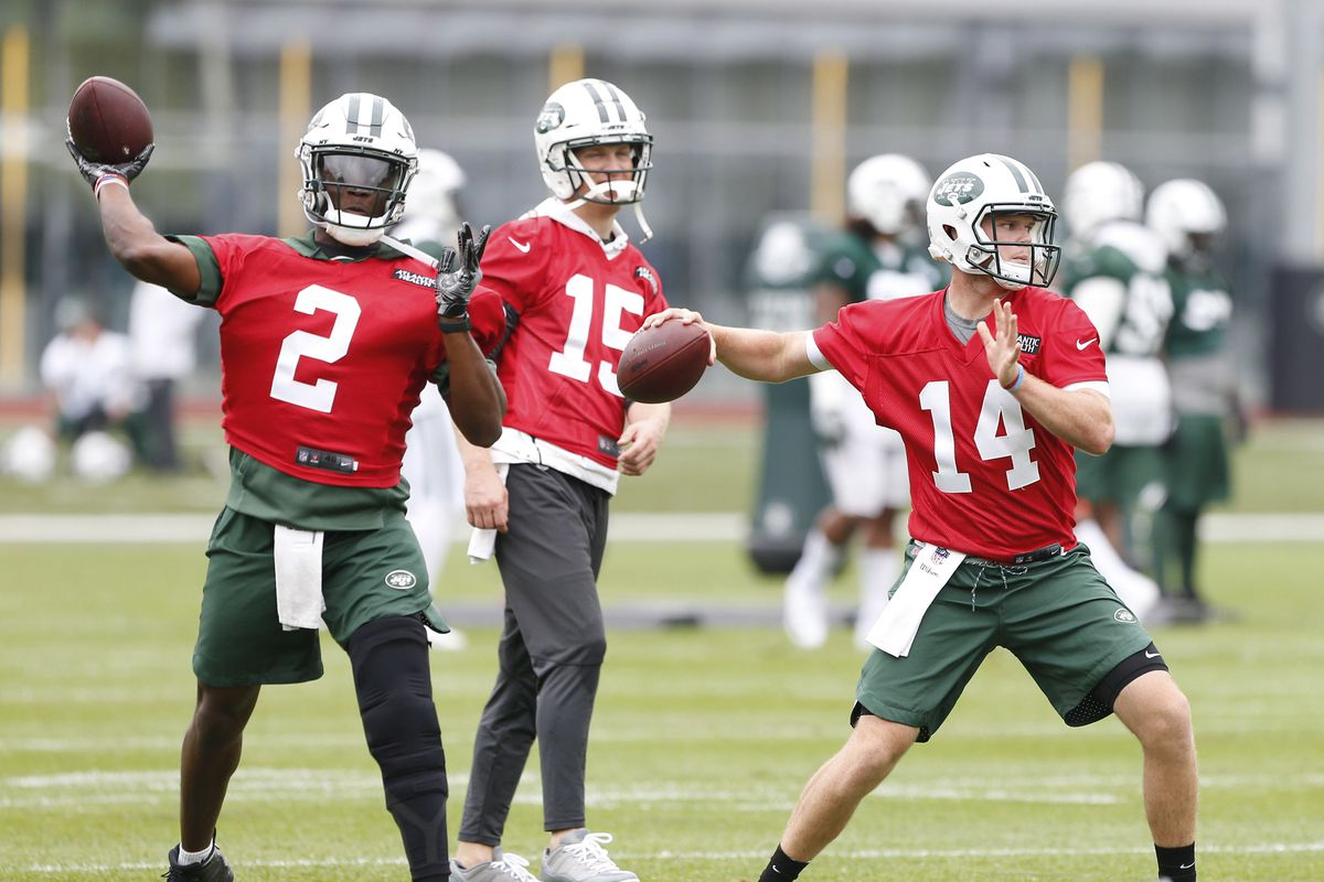 Jets mailbag: Would it be better for Sam Darnold or Teddy Bridgewater to have a strong preseason?