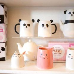 """Your next stop is charming stationery and gift shop <a href=""""http://leannalinswonderland.com/"""" target=""""_blank"""">Leanna Lin's Wonderland</a> (5024 Eagle Rock Blvd.), where you'll find cute stationery, colorful home decor, and playful kitchen and dining acce"""