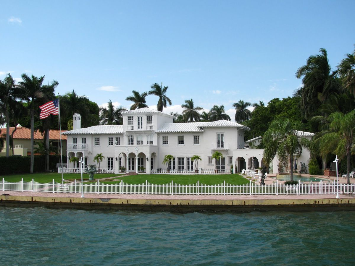 This Was The Location Of An Historic And Well Known House Due To Its High Visibility From Macarthur Causeway Plastic Surgeon Leonard Hochstein His