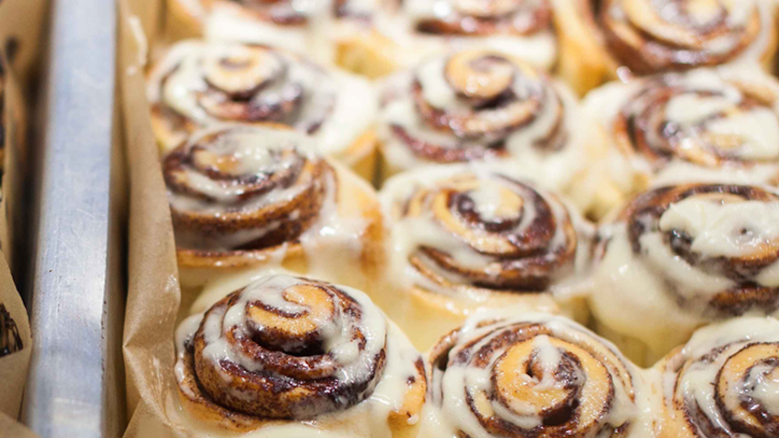 cinnabon will sell 8 300 cinnamon rolls every hour this week eater. Black Bedroom Furniture Sets. Home Design Ideas