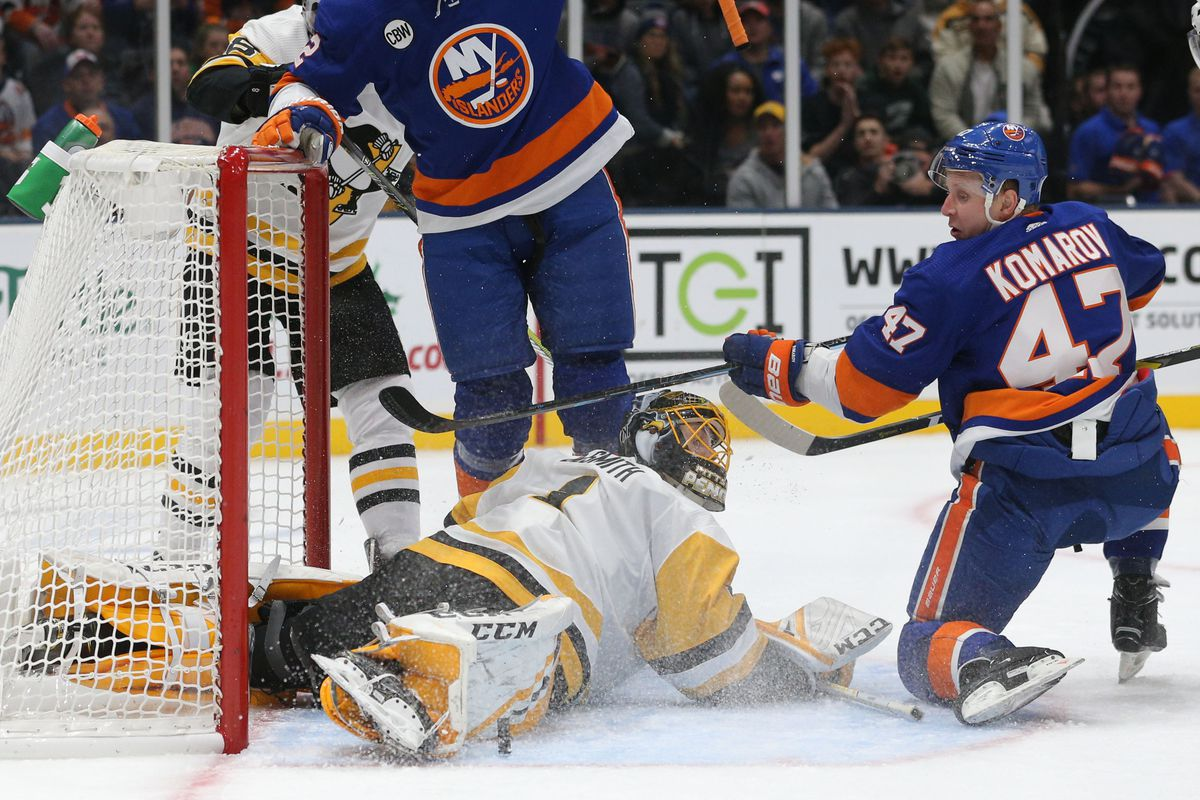 NHL: Pittsburgh Penguins at New York Islanders