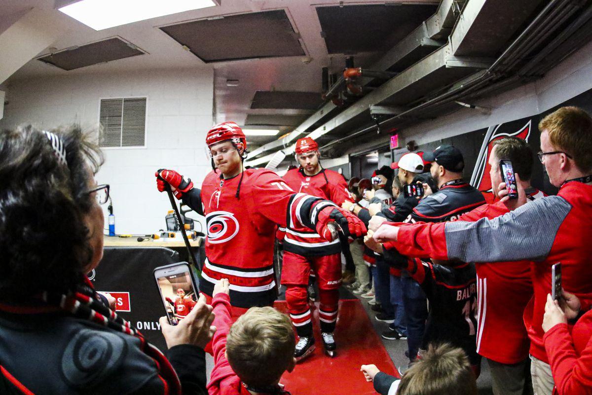 NHL: DEC 28 Capitals at Hurricanes