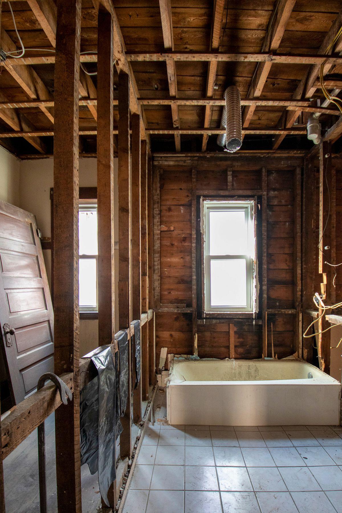 Dorchester Project House, Season 42