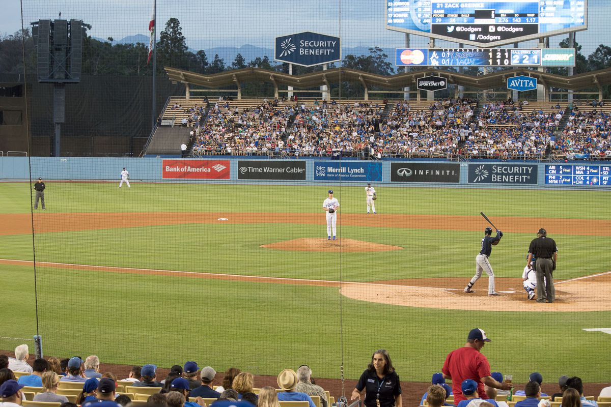 Zach Greinke on the mound for the Los Angeles Dodgers against the Atlanta Braves.