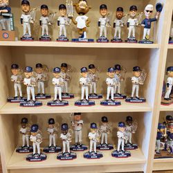 Even more Cubs bobbleheads