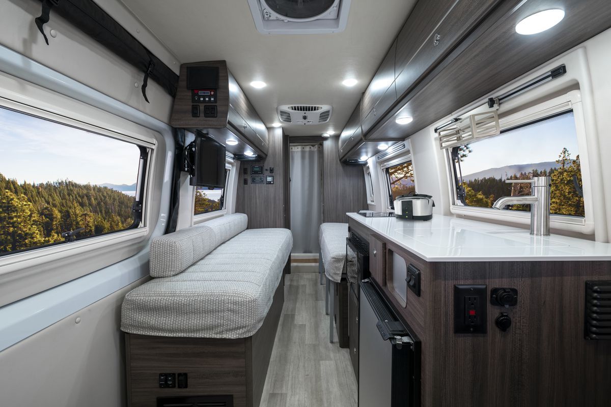 Winnebago's new Boldt camper van offers 4x4 adventure - Curbed