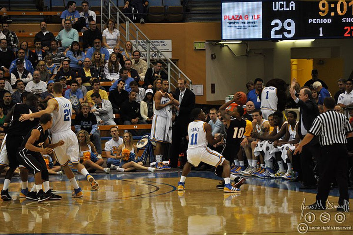 """<em>Can the Bruins D up against the Cats in NYC? <a href=""""http://www.bruinsnation.com/2010/11/13/1811467/photos-from-ucla-vs-csun"""" target=""""new"""">Photo Credit: b d</a></em>"""