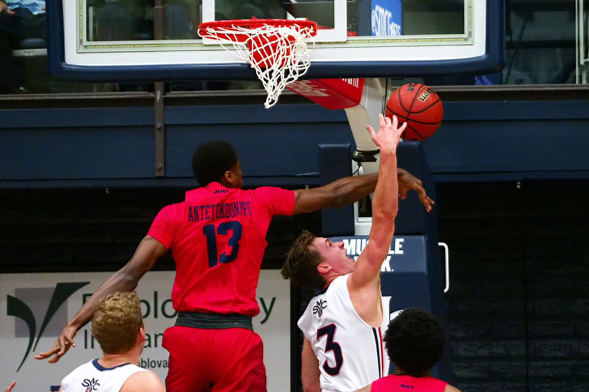 NCAA Basketball: Dayton at St. Mary's