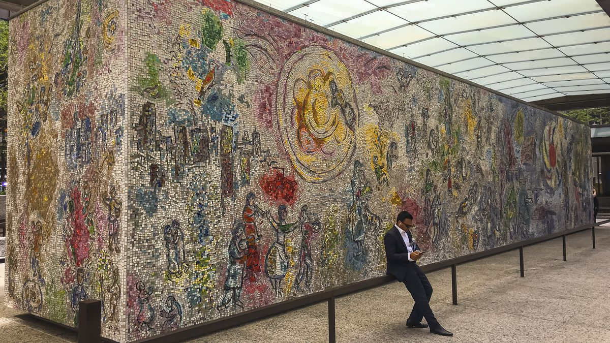 Marc Chagall's iconic 'Les Quatre Saisons' ('The Four Seasons') mosaic still dazzling the Loop in all seasons