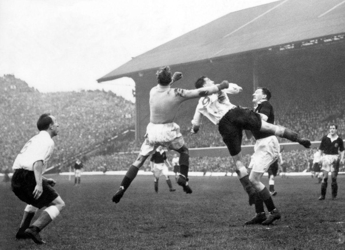 Soccer - Home International Championship - Scotland v England - Hampden Park, Glasgow