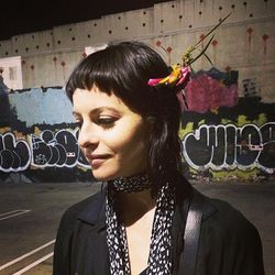 "Image of <a href=""http://www.instagram.com/sophia_amoruso"">@sophia_amoruso</a> via @alisonpincus/<a href=""http://instagram.com/p/lgtp-yJkW8/"">Instagram</a>."