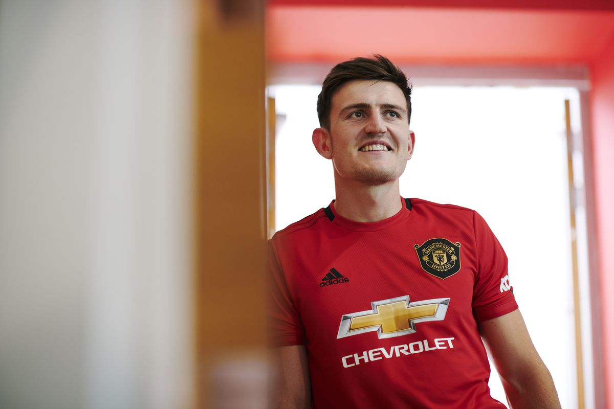 DONE DEAL: Manchester United announce Harry Maguire signing - The ...