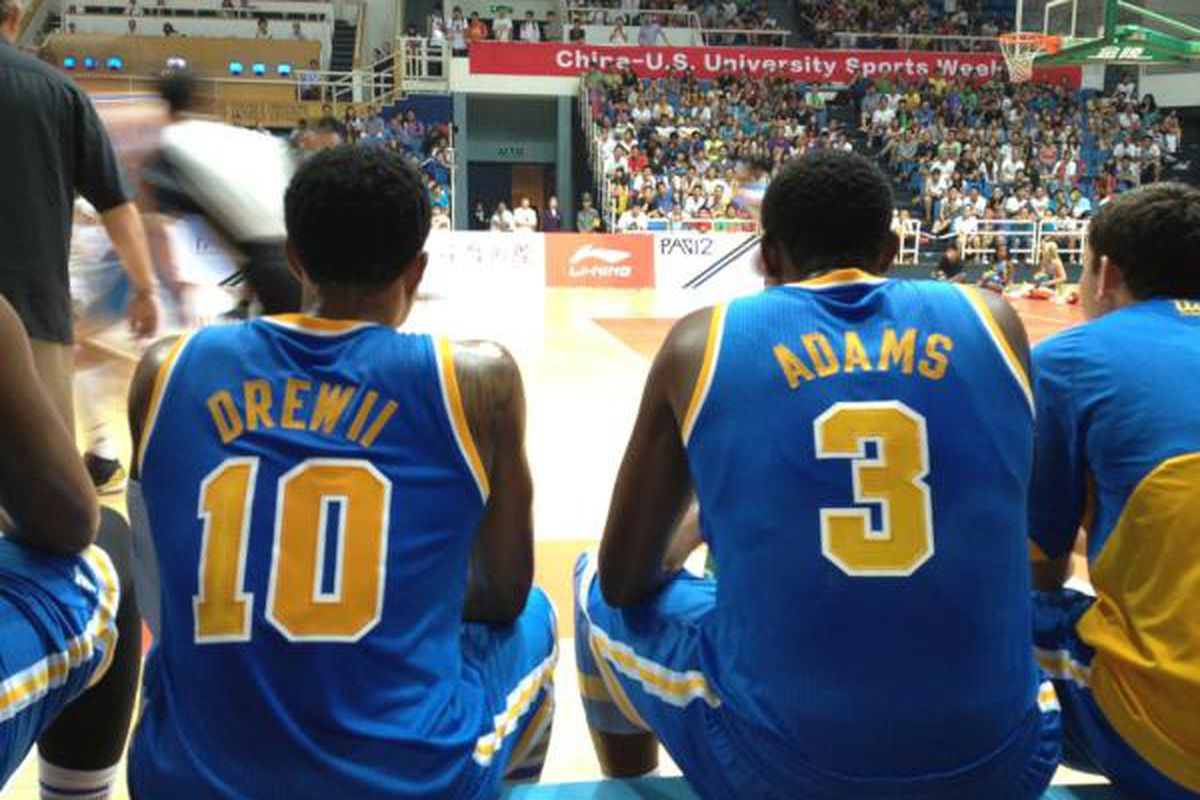 """Drew and Adams checking out the domination of Tsinghua University. via <a href=""""https://twitter.com/UCLAMBB"""" target=""""new"""">@UCLAMBB</a>."""