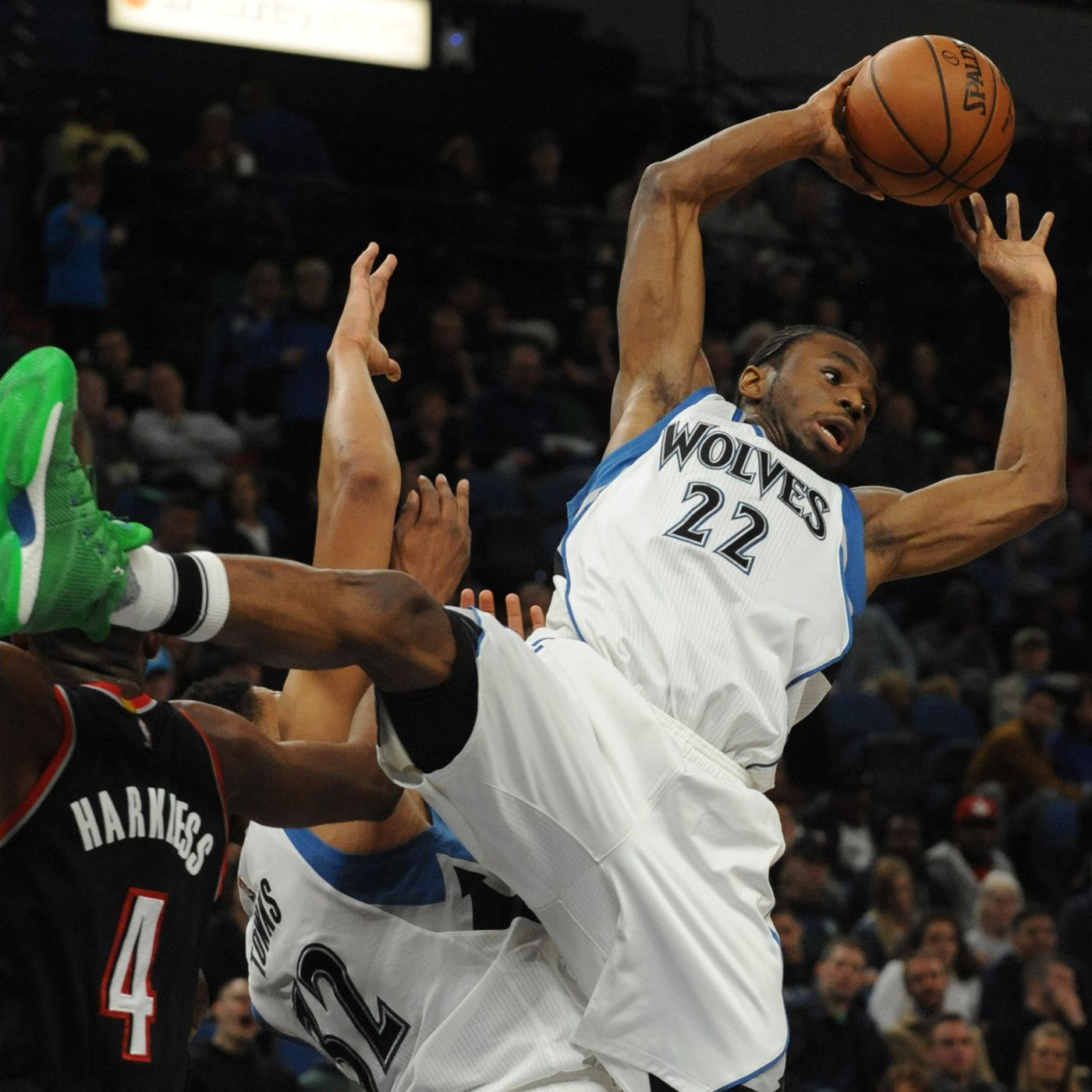 Dettatura Continua realizzabile  Why Adidas is hesitant to give Andrew Wiggins a signature shoe -  SBNation.com