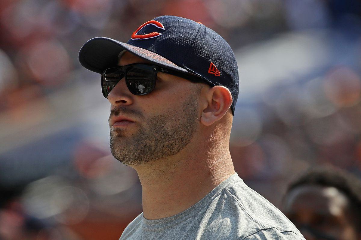 Kyle Long remains in Chicago will not play on Sunday Windy City