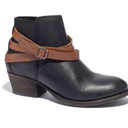 """<b>H by Hudson</b> Horrigan boots in classic black, <a href=""""https://www.madewell.com/madewell_category/SHOESANDBOOTS/boots/PRDOVR~88759/88759.jsp?color_name=classic-black"""">$295</a>"""