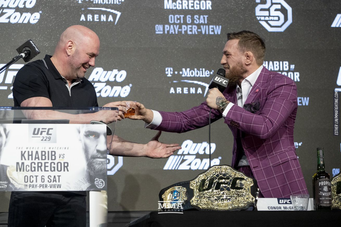 012_Dana_White_and_Conor_McGregor_Whiske