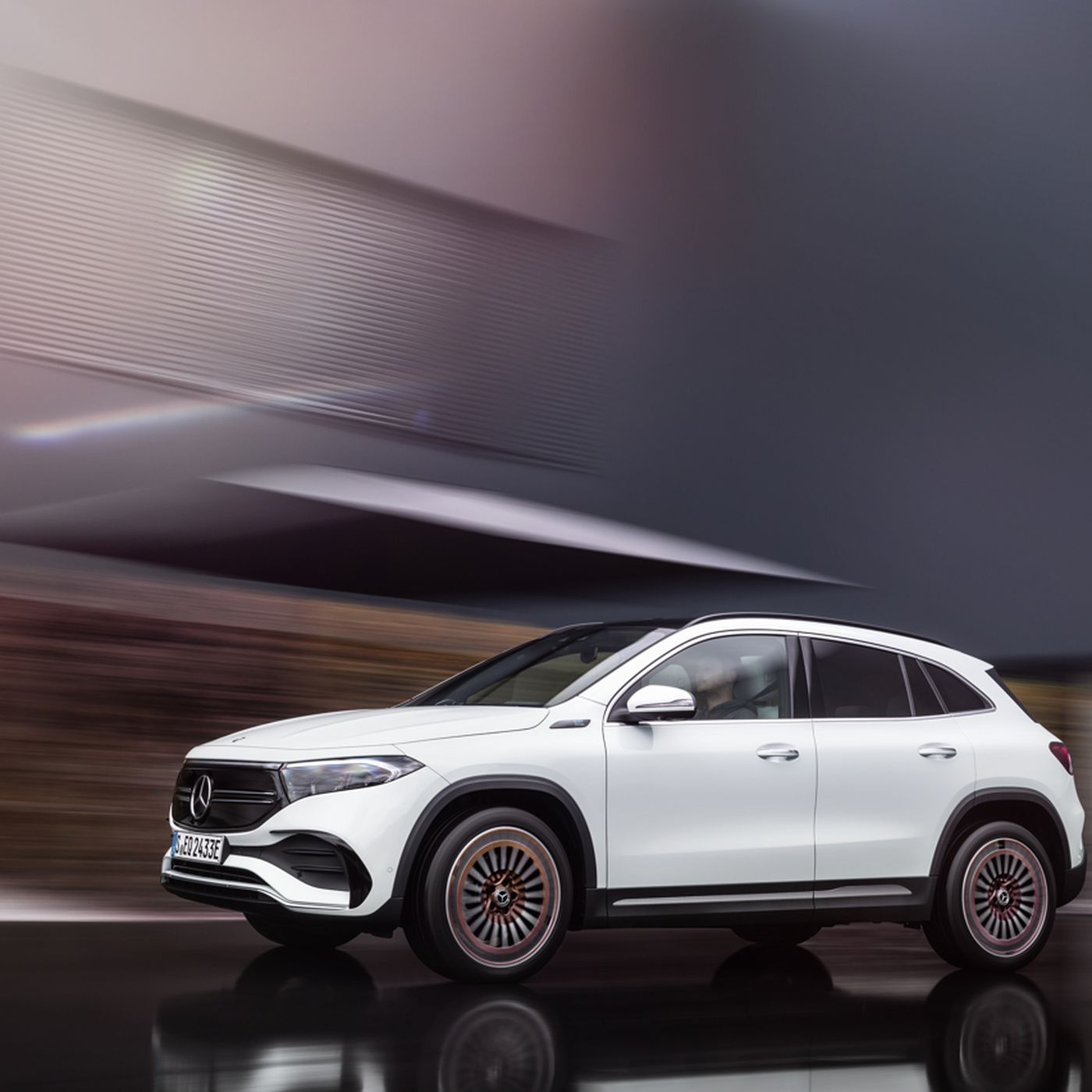 Mercedes Benz Unveils Eqa Electric Crossover With Less Than 300 Miles Of Range The Verge