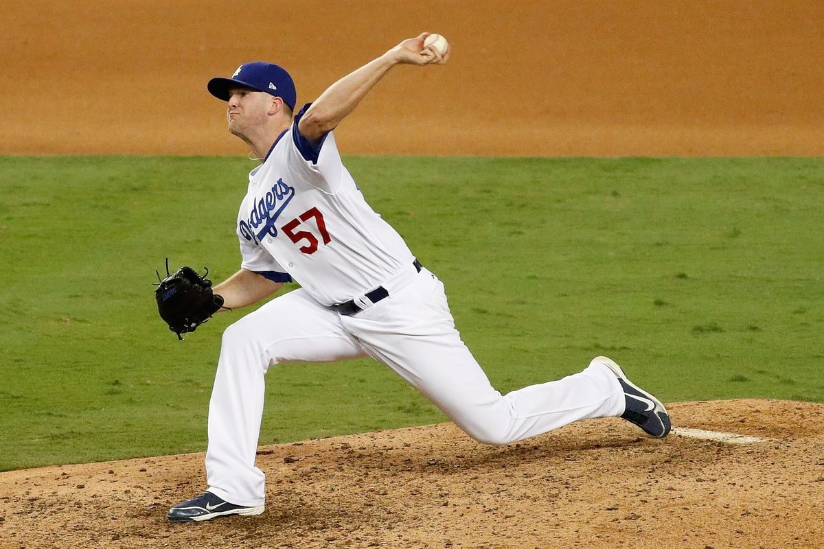 NLCS - Chicago Cubs v Los Angeles Dodgers - Game Four