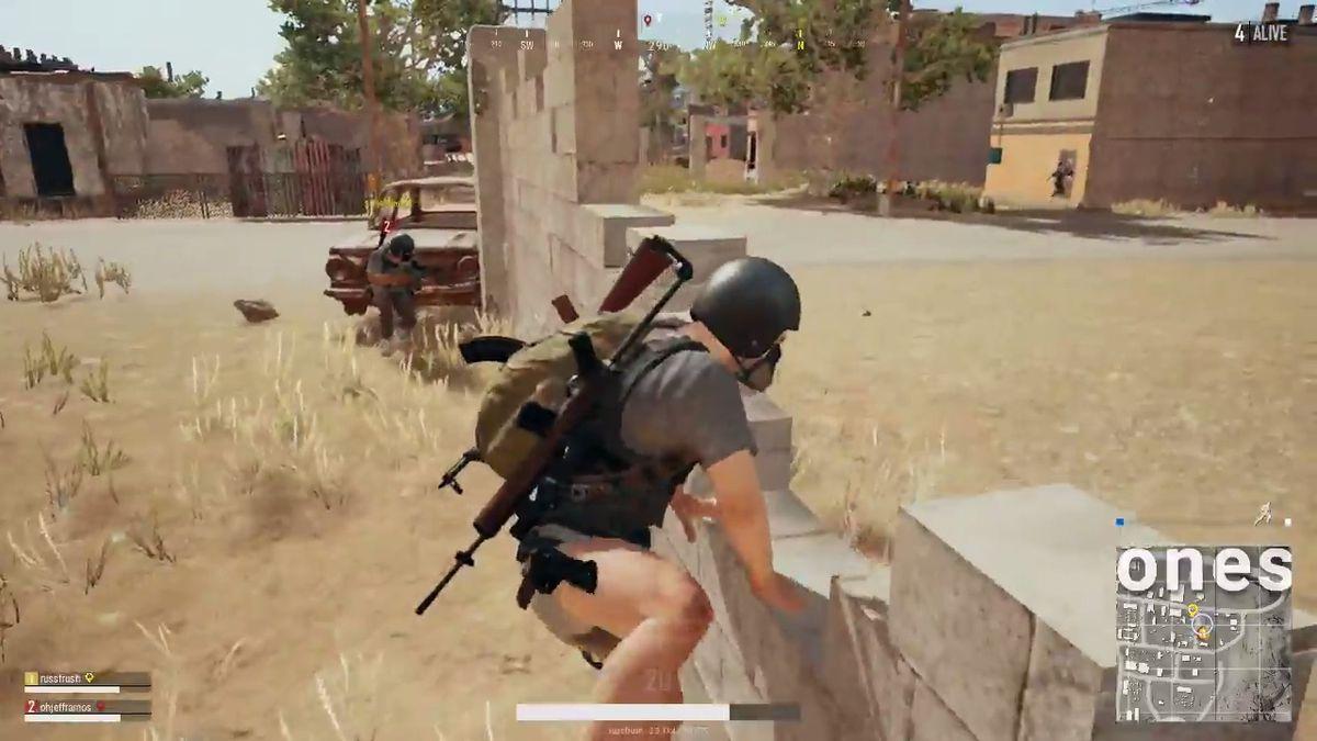 PlayerUnknown's Battlegrounds - climbing over a low wall