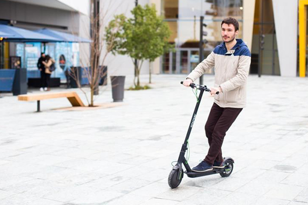 archos debuts the first android powered scooter