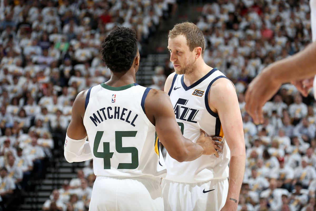 hot sale online 44400 0d04a Previewing the Donovan Mitchell and Joe Ingles showdown in ...