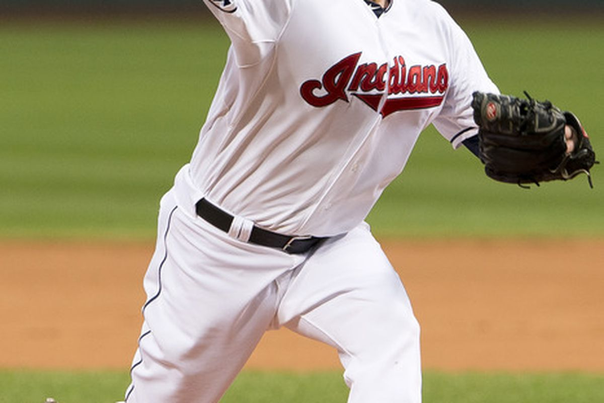 CLEVELAND, OH - JUNE 1: Starter Derek Lowe #26 of the Cleveland Indians pitches during the second inning against the Minnesota Twins at Progressive Field on June 1, 2012 in Cleveland, Ohio. (Photo by Jason Miller/Getty Images)
