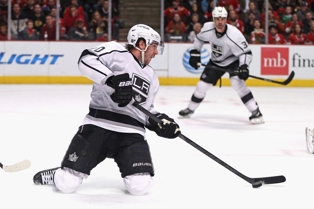 Desperate for some offense, Mike Richards tries something new.